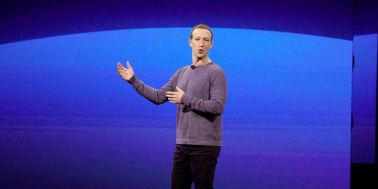 Εξαλλος ο Ζούκερμπεργκ του Facebook: Γιατί κατηγορεί την κυβέρνηση των ΗΠΑ