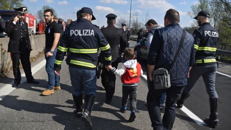 Ιταλία: Πολιτικοί και γιατροί σε εμπόριο παιδιών