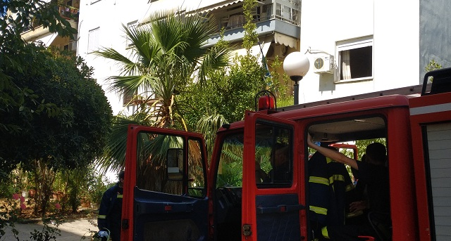 Τραυματισμός άνδρα και ζημιές σε σπίτι στη Ν. Ιωνία από φωτιά