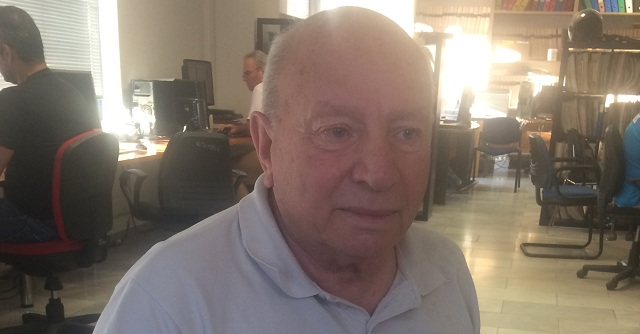 Βολιώτης έδωσε πανελλαδικές στα 74 χρόνια του!