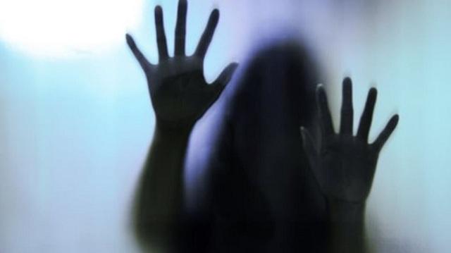 Νέα κτηνωδία στην Ινδία: 16χρονη βιάστηκε από τα ξαδέρφια και τον δάσκαλό της