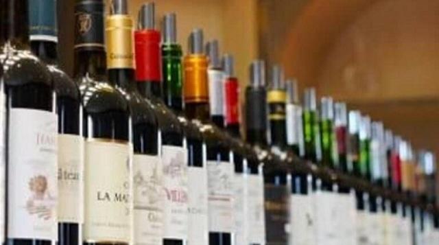 Κύκλωμα λαθρεμπορίου ποτών εξάρθρωσε το ΣΔΟΕ