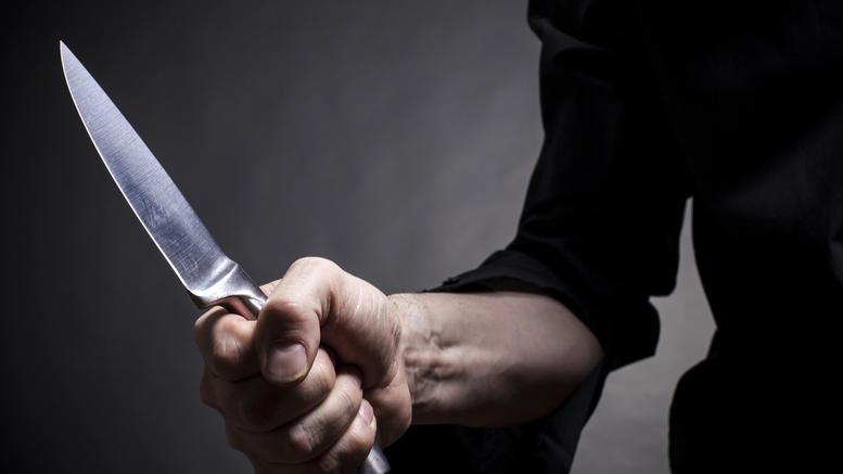 Άγριο φονικό με μαχαίρι στην Κάρπαθο, διέφυγε κολυμπώντας ο δράστης