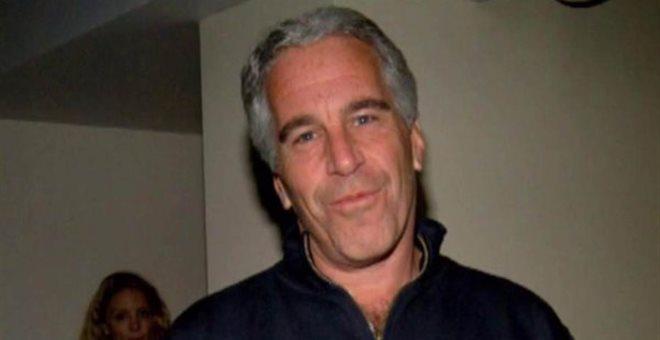 Βαριές κατηγορίες για κακοποίηση ανηλίκων κατά του μεγιστάνα Τζέφρι Επστάιν