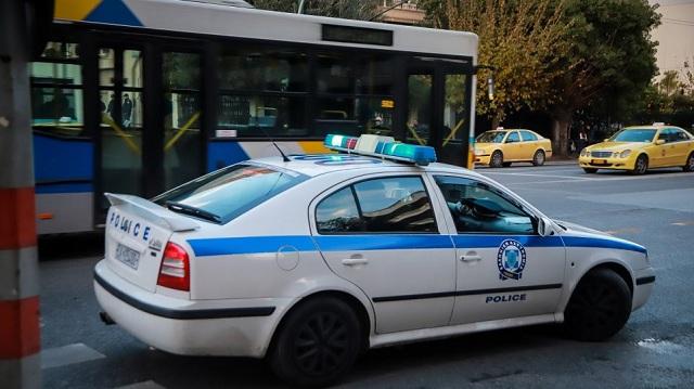 Δυο ληστρικές επιθέσεις σε γυναίκες σε Βύρωνα και Παλαιό Φάληρο