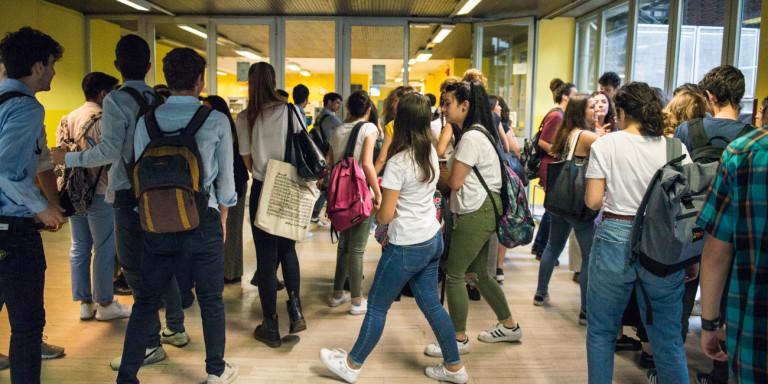 Καθηγητής στην Ιταλία έβαζε τις φοιτήτριές του να υπογράφουν ...«συμβόλαιο σκλαβιάς»