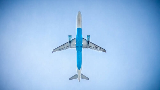 Τρόμος στον αέρα για 85 επιβάτες: Λιποθύμησε ο πιλότος