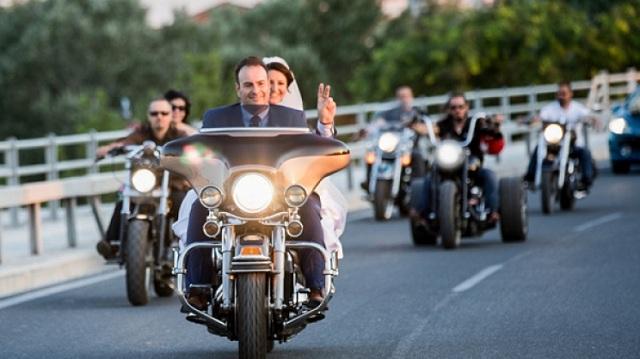 Γάμος… easy rider στη Λάρισα