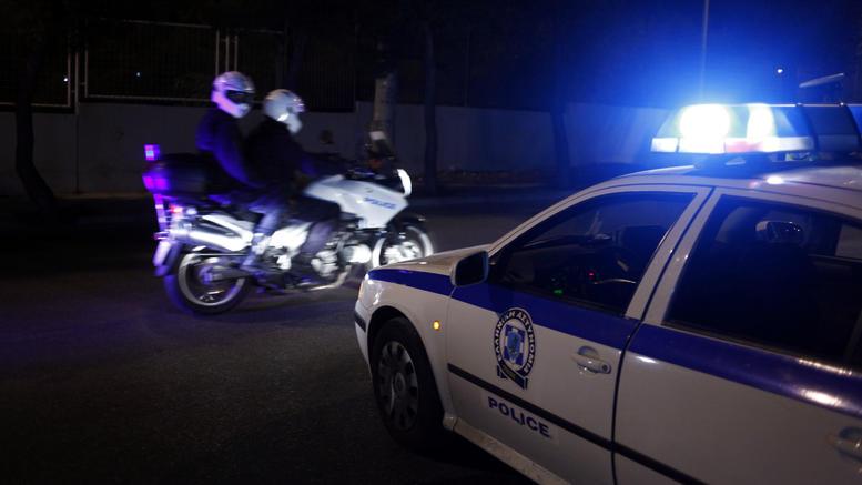 Συμπλοκή στη Θεσσαλονίκη - Εμβόλισαν περιπολικό