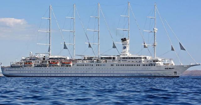 Στον Βόλο στο κρουαζιερόπλοιο «Club Med 2»