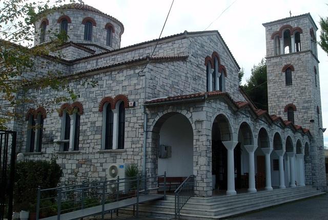 Πανηγυρίζει ο Ναός του Αγίου Παντελεήμονα Βόλου