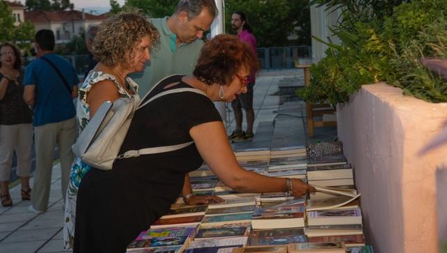 100 φίλοι του βιβλίου στο τριήμερο φεστιβάλ σε Αγριά και Δράκεια
