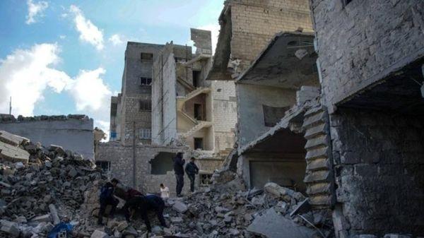 Συρία: Τουλάχιστον 15 άμαχοι σκοτώθηκαν σε αεροπορικούς βομβαρδισμούς