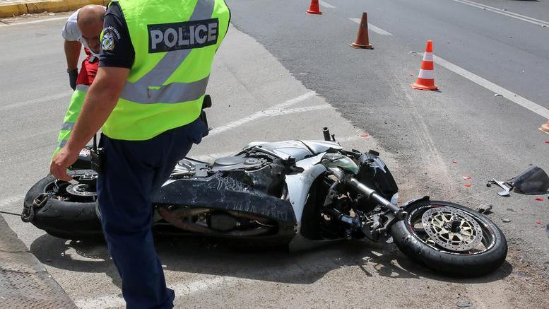 Θανατηφόρο τροχαίο στη Χαλκιδική: Αναβάτης μηχανής συγκρούστηκε με ΙΧ