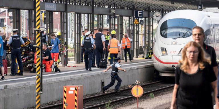 Σοκ στη Φρανκφούρτη: Ανδρας έσπρωξε παιδί μπροστά σε διερχόμενο τρένο –Νεκρός ο 8χρονος