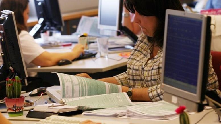 Παράταση 24 ωρών στην υποβολή των φορολογικών δηλώσεων