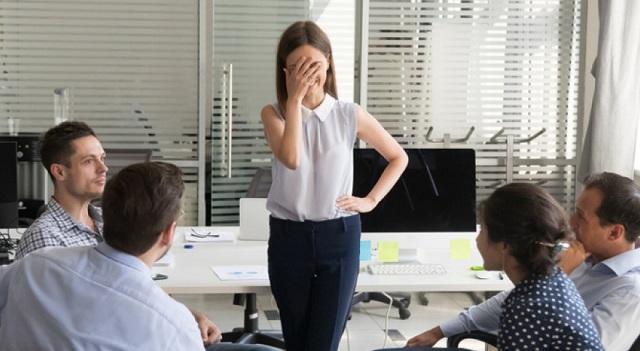 Το σύνδρομο του απατεώνα -Γιατί βλάπτει την καριέρα σας