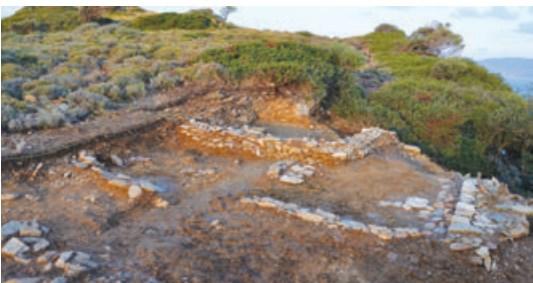 Ερευνες σε αρχαίο νεκροταφείο ~ Ανακαλύψεις 3.000 ετών στη Σκιάθο