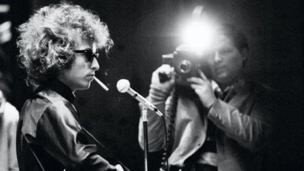 Πέθανε ο σκηνοθέτης των εμβληματικών ντοκιμαντέρ της ροκ, Ντ. Α.Πενεμπέικερ