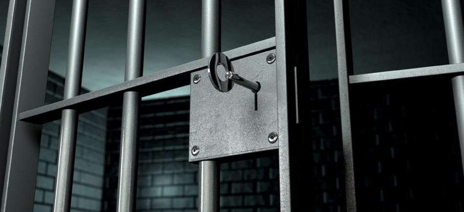 Σύλληψη υπαλλήλου για διακίνηση ναρκωτικών