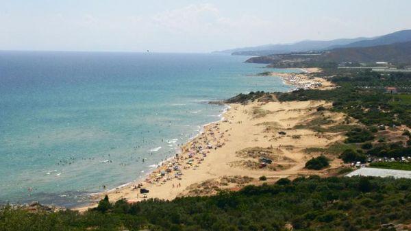 Δείτε μια κρυφή παραλία στην Καβάλα που θυμίζει ...Καραϊβική