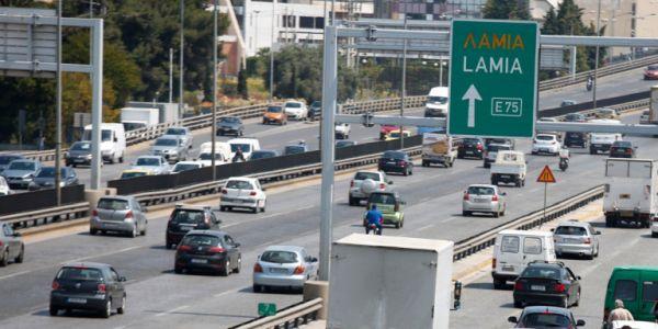 Αυξημένα μέτρα της τροχαίας ενόψει Δεκαπενταύγουστου - Απαγόρευση για φορτηγά