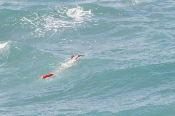 Κινδύνεψε στη θάλασσα 38χρονη