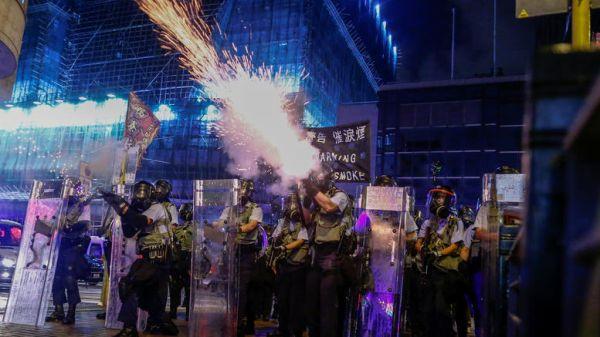 Χάος στο Χονγκ Κονγκ: Φόβοι για επέμβαση των κινεζικών δυνάμεων