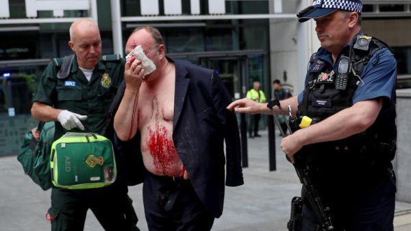 Λονδίνο: Άνδρας τραυματίστηκε κοντά στα κυβερνητικά γραφεία