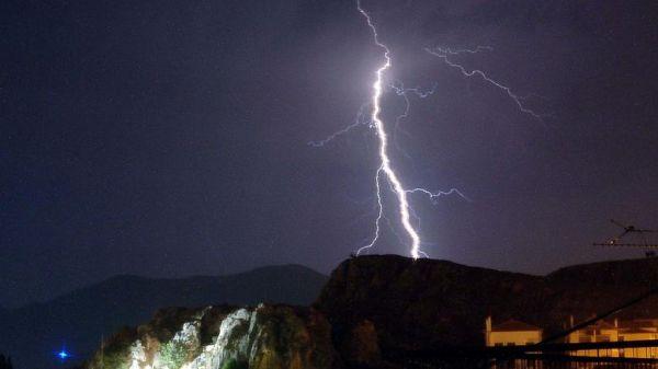Πάνω από 3.000 κεραυνοί στην Ελλάδα τον Δεκαπενταύγουστο