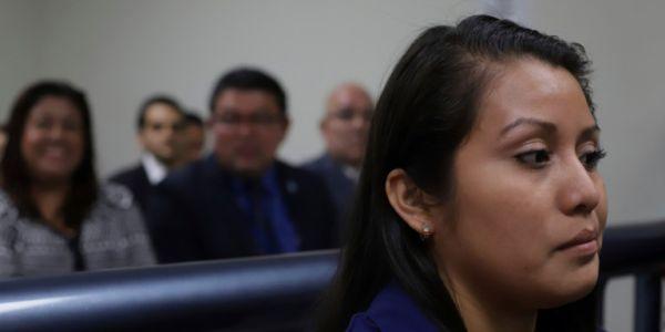Ελ Σαλβαδόρ: Ξανά στο εδώλιο θύμα βιασμού που έμεινε έγκυος και έχασε το μωρό!