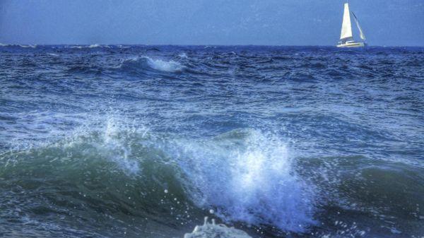 Επτά τραυματίες σε τουριστικό πλοίο στην Κάρπαθο