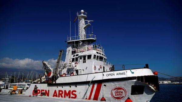Ισπανία: Η κυβέρνηση δέχεται στην Αλχεθίρας πλοίο με μετανάστες