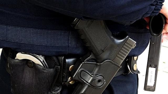 Έρευνα της ΕΛΑΣ για τον αστυνομικό με όπλο στο Θριάσιο