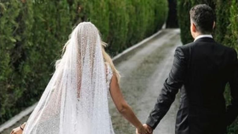 Τον σωματοφύλακά της παντρεύτηκε η Έλενα Ράπτη