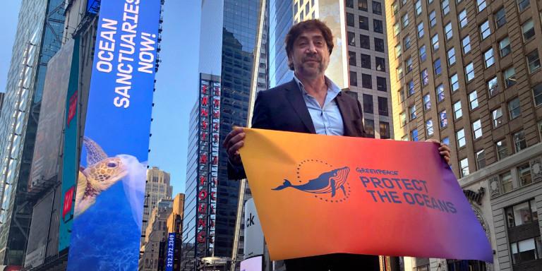 O Χαβιέ Μπαρδέμ στην εκστρατεία της Greenpeace για τους ωκεανούς