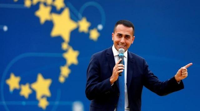 Αντίστροφη μέτρηση για την πτώση της κυβέρνησης στην Ιταλία