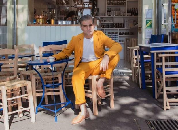 Ελληνικό Καφέ στο Παρίσι από τον ανιψιό του Τάκη Τλούπα