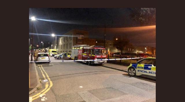 Λονδίνο: Συνελήφθη ο άνδρας που απειλούσε να ανατινάξει οικοδομικό συγκρότημα