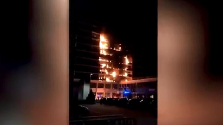 Ενας νεκρός και οκτώ τραυματίες σε φωτιά στο Παρίσι