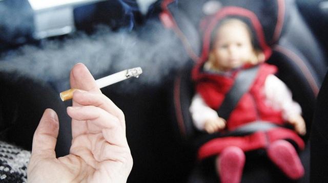 Κάπνισμα και οδήγηση: Πρόστιμα και αφαίρεση διπλώματος