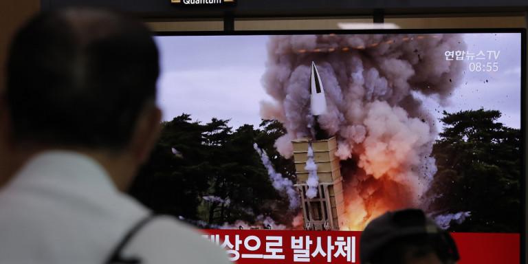Παγκόσμια ανησυχία για τις νέες εκτοξεύσεις δύο «βλημάτων αγνώστου τύπου» από τη Βόρεια Κορέα