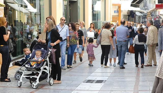 Ανοιχτά καταστήματα τις Κυριακές σχεδιάζει το υπουργείο