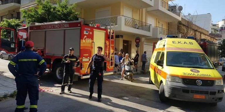 Πάτρα: Γυναίκα απειλεί να αυτοκτονήσει στο κέντρο της πόλης -Συναγερμός στην αστυνομία
