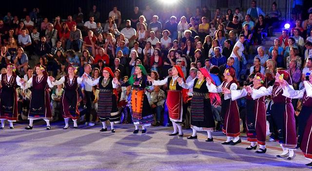 Σε πυρετώδεις ρυθμούς οι προετοιμασίες για το 7ο Φεστιβάλ Παραδοσιακών Χορών