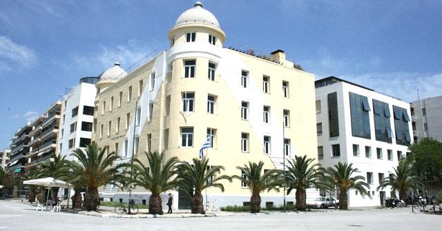 Σε ελεύθερη πτώση οι βάσεις στο Πανεπιστήμιο Θεσσαλίας
