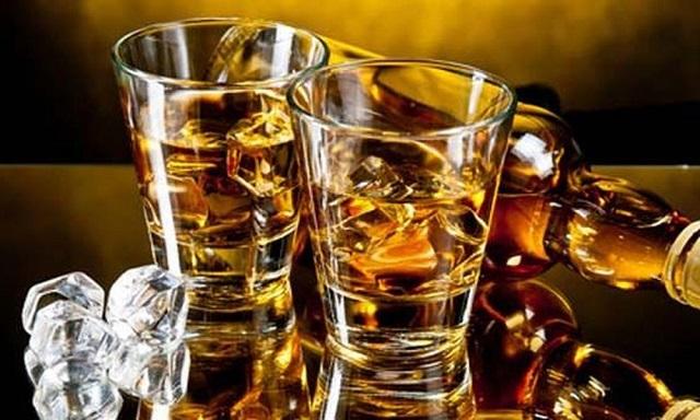 Ξεκινούν έλεγχοι σε αλκοολούχα ποτά στα καταστήματα της Μαγνησίας