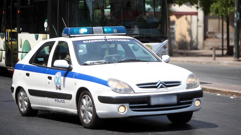Ληστεία σε τράπεζα στην Αχαΐα: Ντυμένος παπάς ο ένας δράστης