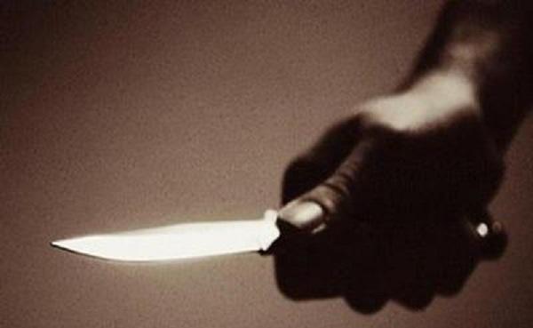 Κυνηγούσε τον γιο της με μαχαίρι στο σπίτι τους στον Βόλο