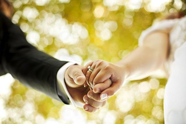 «Ντου» εφοριακών σε γάμο στις Σέρρες